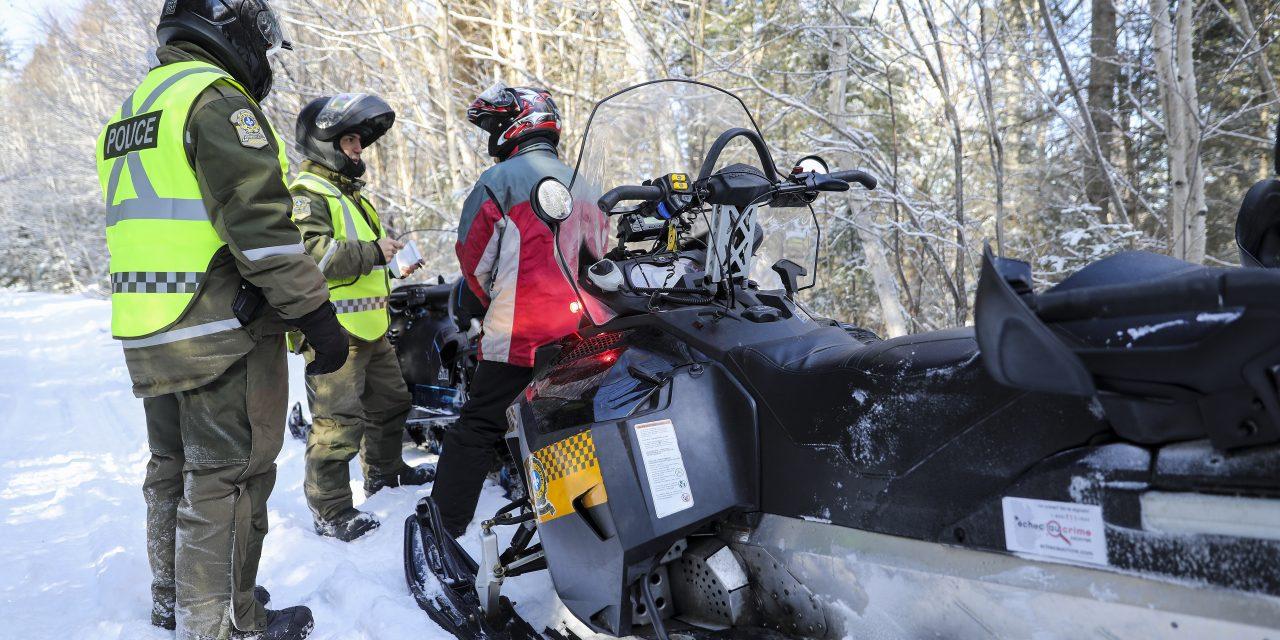 Amende de 799 $ pour un motoneigiste à Danville