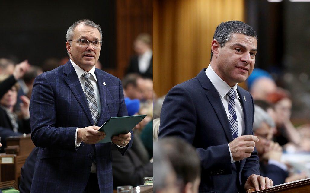 Blocus ferroviaire: Alain Rayes et Luc Berthold pressent Ottawa d'intervenir rapidement