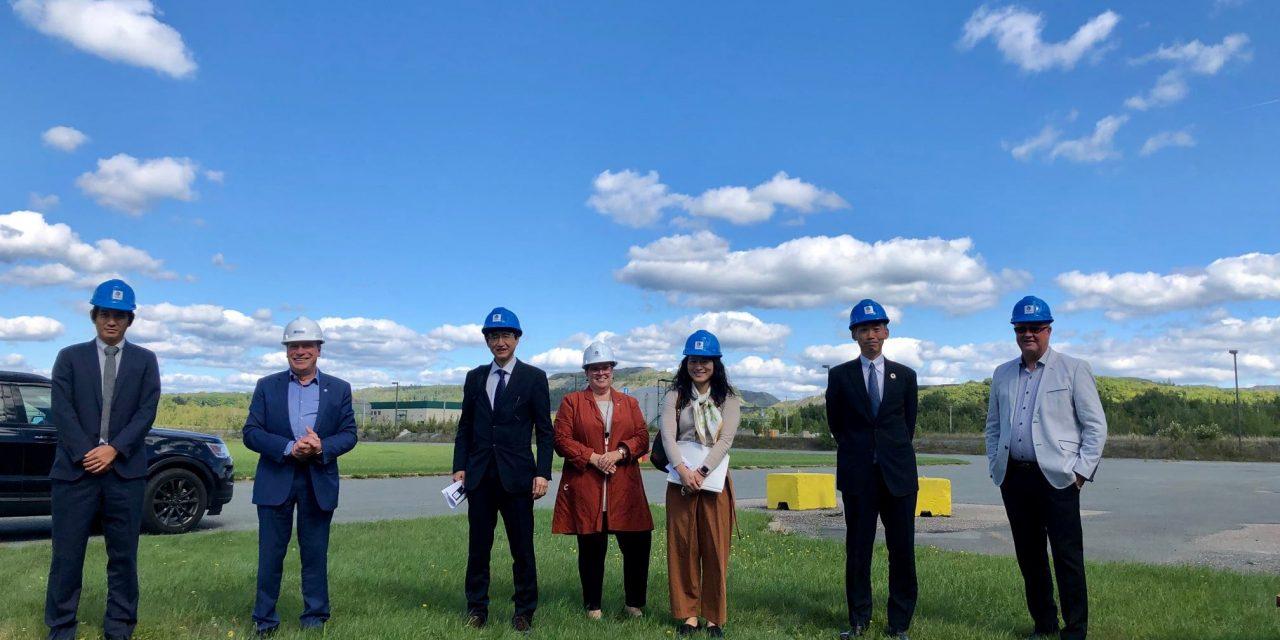 Le Consulat général du Japon à Montréal visite Alliance Magnésium