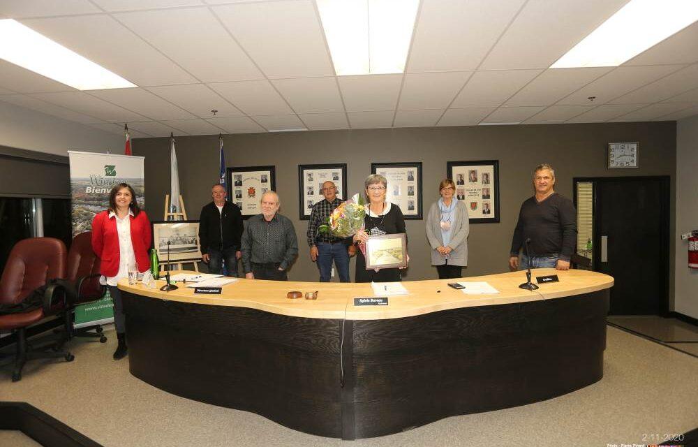 Les 20 ans de vie politique de la mairesse Sylvie Bureau soulignés