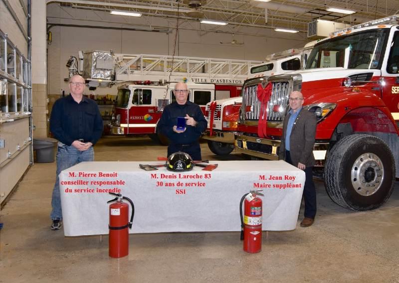 Val-des-Sources souligne le travail de ses pompiers